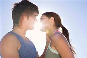 первый поцелую