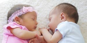 два новорожденный