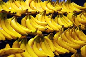 Бананы  польза и вред для организма от плодов до кожуры
