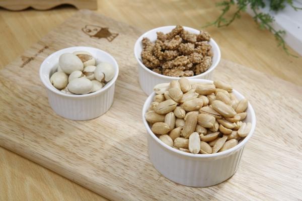 жареный арахис в глазури