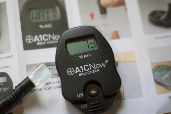 показатель сахара на глюкометре