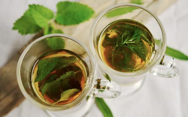 чай из мяты и укропа