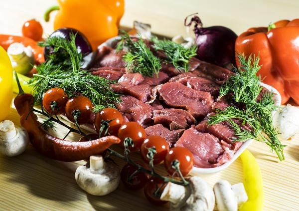 мясо и овощи, продукты