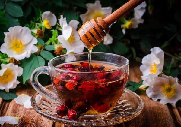 чай с шиповником и медом
