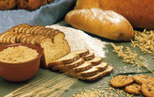 хлеб, мука, зерна и колосья