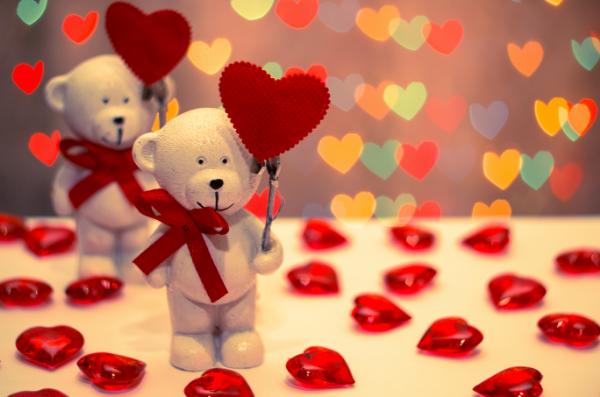 статуэтка мишки и сердечки