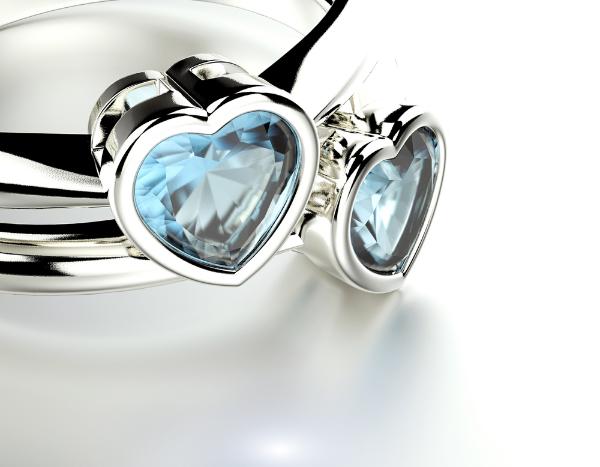 кольцо с сердечком из камня