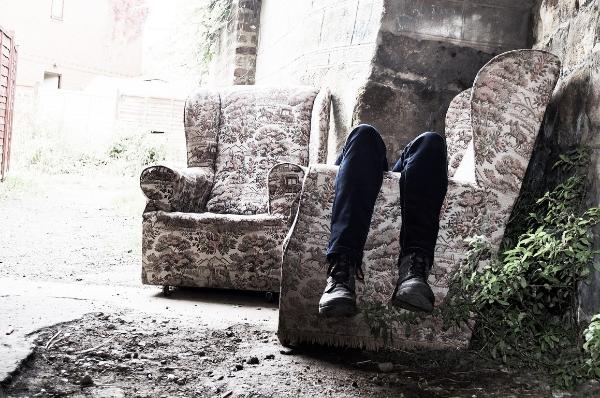 кресла на улице