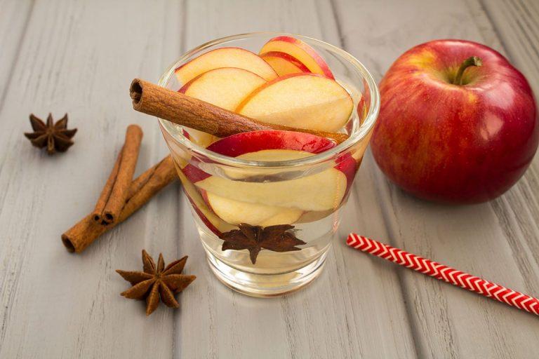 Яблочная вода
